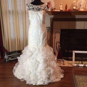 David Tutera Bridal Gown - Style 127268 - Size 14